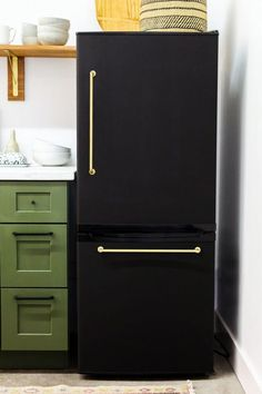 Cheap Appliance Makeovers - Refrigerator Paint, Covers | Apartment Therapy