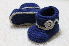 Crocheted Baby Boys Boot style Bootie in custom colour sizes NB to 12M Made to Order door KidsCreationsOz op Etsy https://www.etsy.com/nl/listing/178644262/crocheted-baby-boys-boot-style-bootie-in