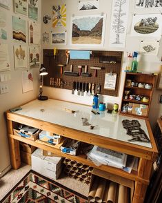"""Day 16 of is """"workspace, tidy/messy"""". Here's a glamorous shot of my work table at its best, photographed by the talented… Art Studio Room, Art Studio Design, Art Studio At Home, Painting Studio, Home Art, Studio Spaces, Art Studio Organization, Cool Office Space, Art Desk"""
