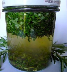 Aga Radzi: Rozmaryn lekarski - właściwości i zastosowania. Healing Herbs, Aga, Vitamins, Remedies, Plants, Food, Aromatherapy, Diet, Home Remedies