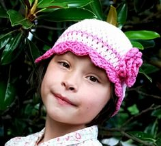 Flapper Style Hat with Rose Crochet Pattern by Darleen Hopkins #crochet #crochetpattern