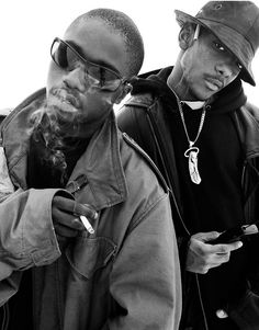 Mobb Deep Hip Hop And R&b, 90s Hip Hop, Hip Hop Rap, Prodigy Mobb Deep, Hip Hop Outfits, Hip Hop Fashion, My Favorite Music, Famous Faces, Back In The Day