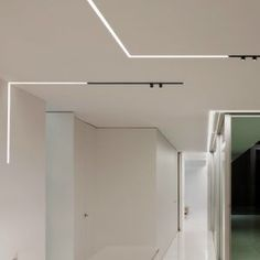 Buy online The running magnet spot By flos, led track-light, architectural collection - systems Collection Led Track Lighting, Cove Lighting, Linear Lighting, Office Lighting, Modern Lighting, Lighting Design, Outdoor Lighting, Ceiling Light Design, False Ceiling Design