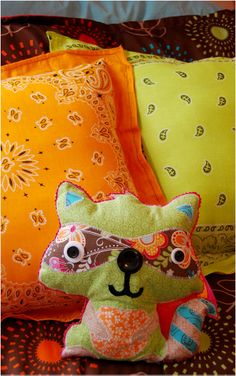 Create a Critter Pillows using create a critter cart and cricut machine....I have to try this.