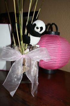 panda centerpiece Stickel Caroline♥☀☂ something like this. Panda Themed Party, Panda Birthday Party, Panda Party, Girl Birthday Themes, Bear Party, Baby Birthday, Birthday Parties, Birthday Ideas, Baby Shower Themes