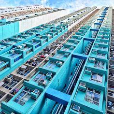 adore-hong-kong:  Photograph by harry.hkg  [More Hong Kong here →]