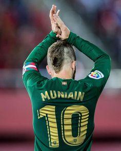 Iker Muniain, Athletic Clubs, Soccer, Instagram Posts, Sports, Hs Sports, Futbol, European Football, European Soccer