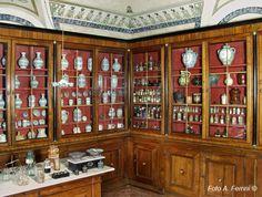 L'antica farmacia nata nel XV secolo a funzionato fino a metà '900 - Museo della Verna - Santuario della Verna - Chiusi della Verna