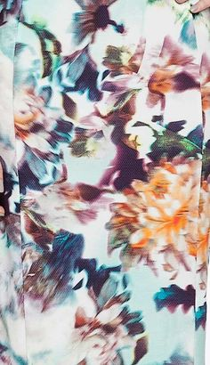 Inspired by florals - Blurred floral print #floralprints
