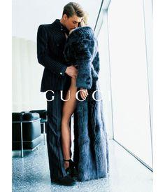 Ludovico Benazzo et Georgina Grenville par Mario Testino pour la campagne Gucci automne-hiver 1996
