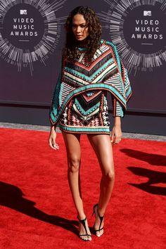 MTV Vidwo Music Awards 2014: Joan Smalls, vistiendo Balmain.