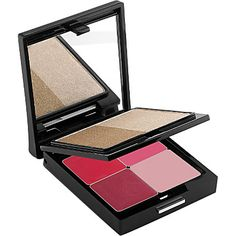 TRISH MCEVOY Power of Beauty bronzer and lip palette. The perfect compact travelling companion.