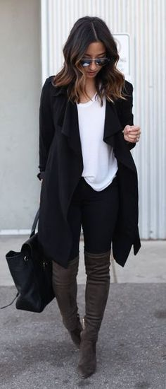 #fall #fashion / black oversized cardigan + tee