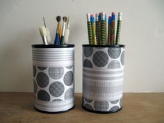 Upcycled Repurposed Tin Can Desk Accessories Set Pencil Brush Pen Holder Organizer Black White Gray Mod Style for Home Decor Soup Can Crafts, Tin Can Crafts, Diy Crafts, Diy Recycling, Recycle Cans, Table Color, Recycled Tin Cans, Repurposed, Circle Pattern