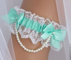 Одежда и аксессуары ручной работы. Ярмарка Мастеров - ручная работа Подвязка для невесты свадебная. Handmade.
