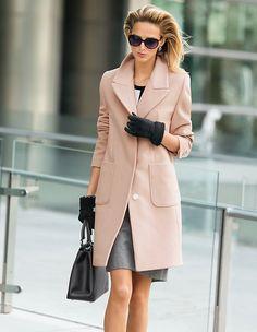 Ein Allrounder für City, Business und Freizeit, der Sie zu all Ihren Plänen in zeitloser Eleganz begleitet.