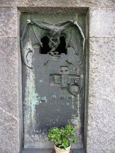 Bat & cross, Cimitero Monumentale, Milan, Italy  #cemetery #source_line390