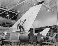 NOID042 Avro Arrow | by 3425Capricorn Military Jets, Military Aircraft, Fighter Aircraft, Fighter Jets, Avro Arrow, Speed Of Sound, Canadian History, Aviation Art, Military History