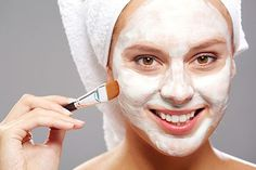 When you deal with acne, an acne face mask is more than welcome. However, you need to know how to use a face mask first. we'll explain to you how to apply a face mask. This works for both DIY face masks for acne and for those you've bought from the drugstore. You'll know how to wear a facial mask in both circumstances. #FaceMask #Acne #Skincare #Beauty #FixYourSkin