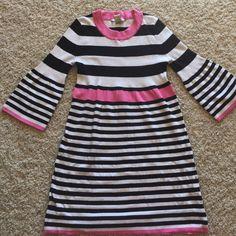 FINAL PRICE  ARIZONA DRESS Black, White and Pink Arizona Dress. Perfect conditions. Fabric: Cotton, Stretches. ❌No flaws❌ No trades Arizona Jean Company Dresses Midi