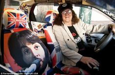 Beatle taxi Strawberry Fields Forever, Common People, London, Fictional Characters, Big Ben London