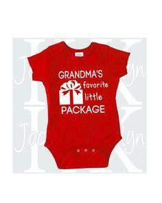 Unique Baby Unisex 1st Christmas Outfit Let It Snow Onesie Layette Set
