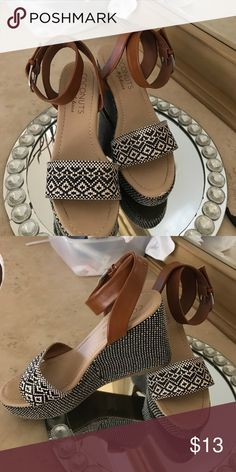 e7b5f85b74434 Shoes Two tone light shoes. Not leather. coconuts by Matisse Shoes  Platforms Lit Shoes