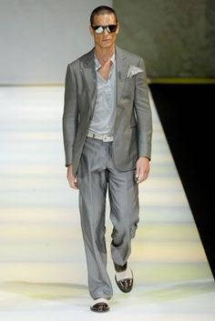 Google Image Result for http://images2.wikia.nocookie.net/__cb20090324161138/internationalbusiness/images/2/2e/Armani.jpg