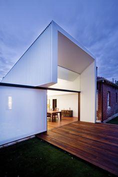 Eenvoud met een twist: aanbouw Westbury Crescent Residence / David Barr Architect