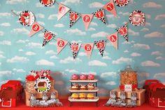 Tara O's Birthday / Barnyard Bash - Photo Gallery at Catch My Party Birthday Party Tables, Birthday Party Celebration, Farm Birthday, Boy Birthday Parties, Birthday Ideas, Happy Birthday, Birthday Backdrop, Birthday Celebrations, Farm Themed Party