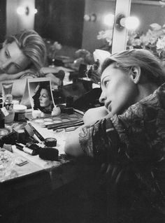 """""""I think it's a myth that actors are all extroverts. I don't think that's true. I think something happens in those five seconds before you walk on stage."""" Cate Blanchett"""