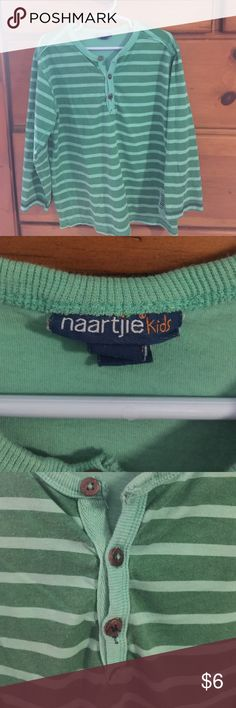 Naartjie kids long sleeve shirt Boys size 6 (L) long sleeve Kelly green stripe shirt.  Gently worn.   Great for FALL naartjie Shirts & Tops Tees - Short Sleeve
