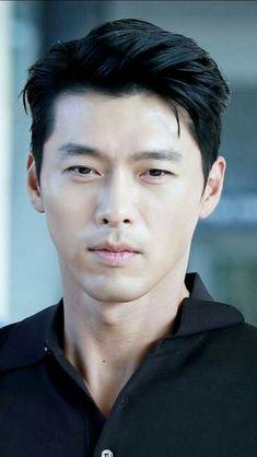 Asian Actors, Korean Actresses, Korean Actors, Hyun Bin, Cute Korean, Korean Men, Marines Uniform, He Jin, Jung Ii Woo