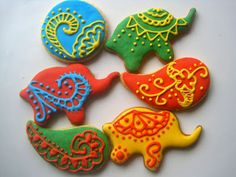 Henna inspired sugar cookies ~ The Blue Cottage