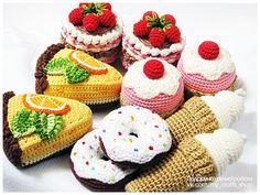 Ванілька_і_я Crochet Cake, Crochet Fruit, Crochet Food, Love Crochet, Crochet Gifts, Knit Crochet, Food Patterns, Crochet Toys Patterns, Crochet Dolls