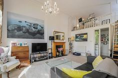 Nevern Square, Earls Court - 1 bedroom converted flat - Barnard Marcus