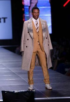 Featured Designer David Hart's runway show at Night Two of Baker Motor Company's Charleston Fashion Week. Gotta love a well-dressed man! Charleston Style, Well Dressed Men, Night Life, Runway, David, Scene, Entertaining, How To Wear, Shopping