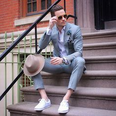 How To Wear a Silver Suit With a Purple Dress Shirt looks & outfits)