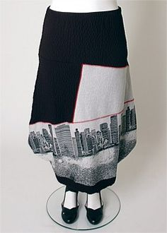 WINTER SKYLINE SKIRT