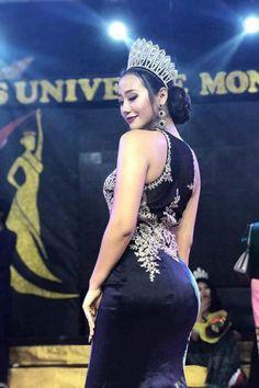 Burmese Girls, Myanmar Women, Vietnam Girl, Oriental Fashion, Beautiful Asian Women, Sexy Asian Girls, Indian Beauty, Girls Dresses, Formal Dresses