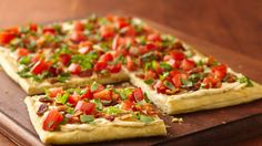 BLTs with a twist:  Take the bacony flavors you love and top a super-simple pizza. Dinner's done in 30 minutes.