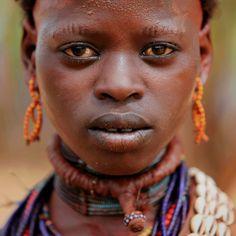Ethiopia: Valley of the Omo, Hamar. (Claude Gourlay)