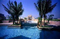 BANGKOK // Enjoy some luxurious quality time together at the pool of the Century Park hotel.