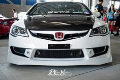 front with retrofitted lights, pin fogs, J's air vents. My Dream Car, Dream Cars, Honda Vtec, Jdm Imports, Honda Civic Type R, 2013 Honda, Honda Cars, Japan Cars, Jdm Cars