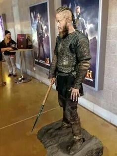 Life size Ragnar, for the promotion of Vikings. I want one...