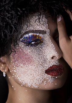 Extreme crystal make up. Sfx Makeup, Costume Makeup, Beauty Makeup, Hair Makeup, Maquillage Halloween, Halloween Makeup, Crazy Makeup, Makeup Looks, Festival Make Up