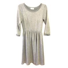 Everly Gray Knit Mini Dress, Small NWOT Gray knit mini dress, brand Everly. Never worn, but no tags attached. Size Small. Three quarter length sleeves. Very soft and comfortable, would be great with leggings and boots Everly Dresses Mini