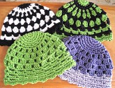 Free crochet hat pattern!  Too cute!  This site linked in the text has a ton more free patterns: http://www.crochetpatterncentral.com/directory/baby_hats.php