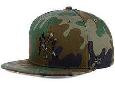 online store a70a6 77c87 New York Yankees  47 MLB Camo Snapback Cap
