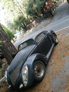 Volkswagen – One Stop Classic Car News & Tips Vw Beach, Beach Buggy, Vw Rat Rod, Rat Rods, Combi Wv, Vw Cars, Abandoned Cars, Exotic Cars, Bugatti